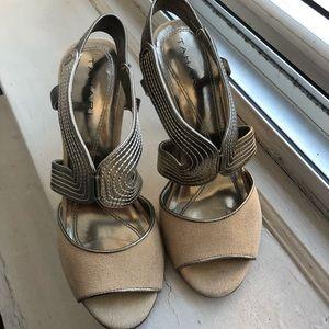 Sandy Beige Tweed TAHARI Slingback OpenToe Sandal